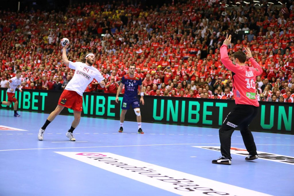 Mikkel Hanssen shooting a penalty during the final against Norway